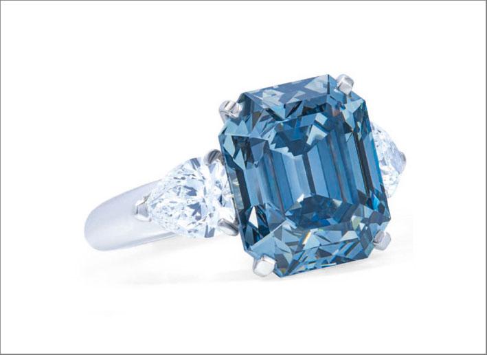 anello fancy deep blue